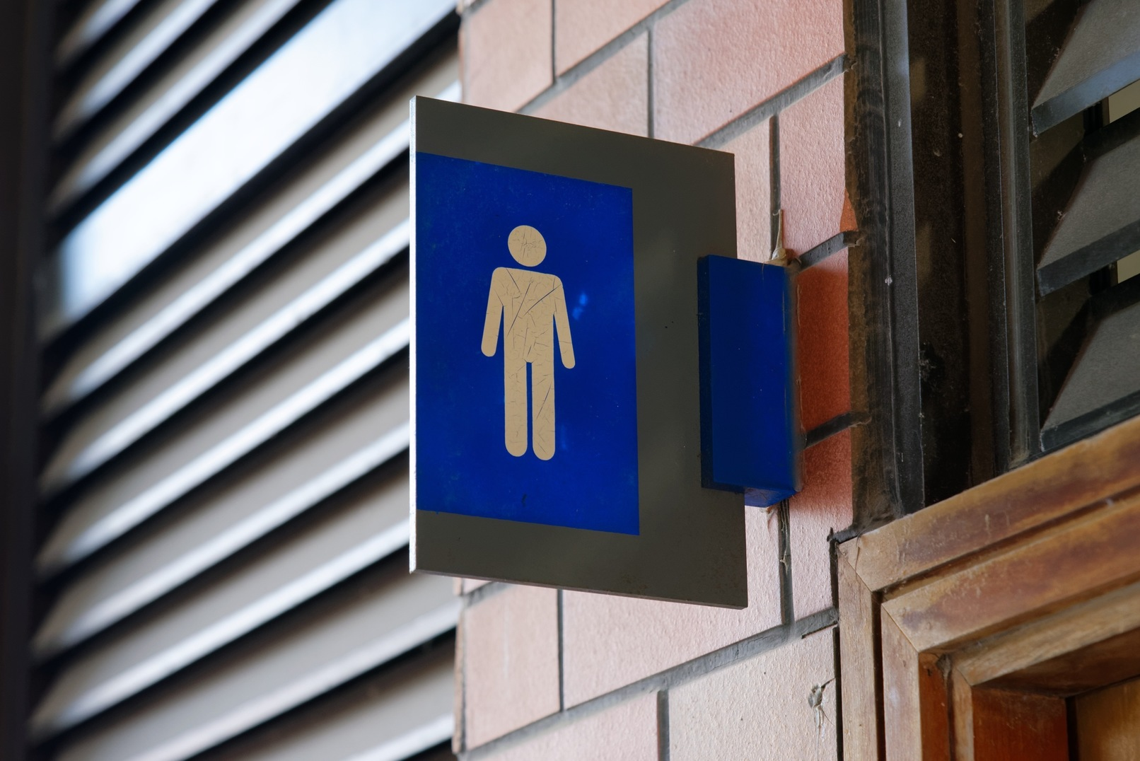 Transgender Florida High School Student Allowed to Use Men's Restroom
