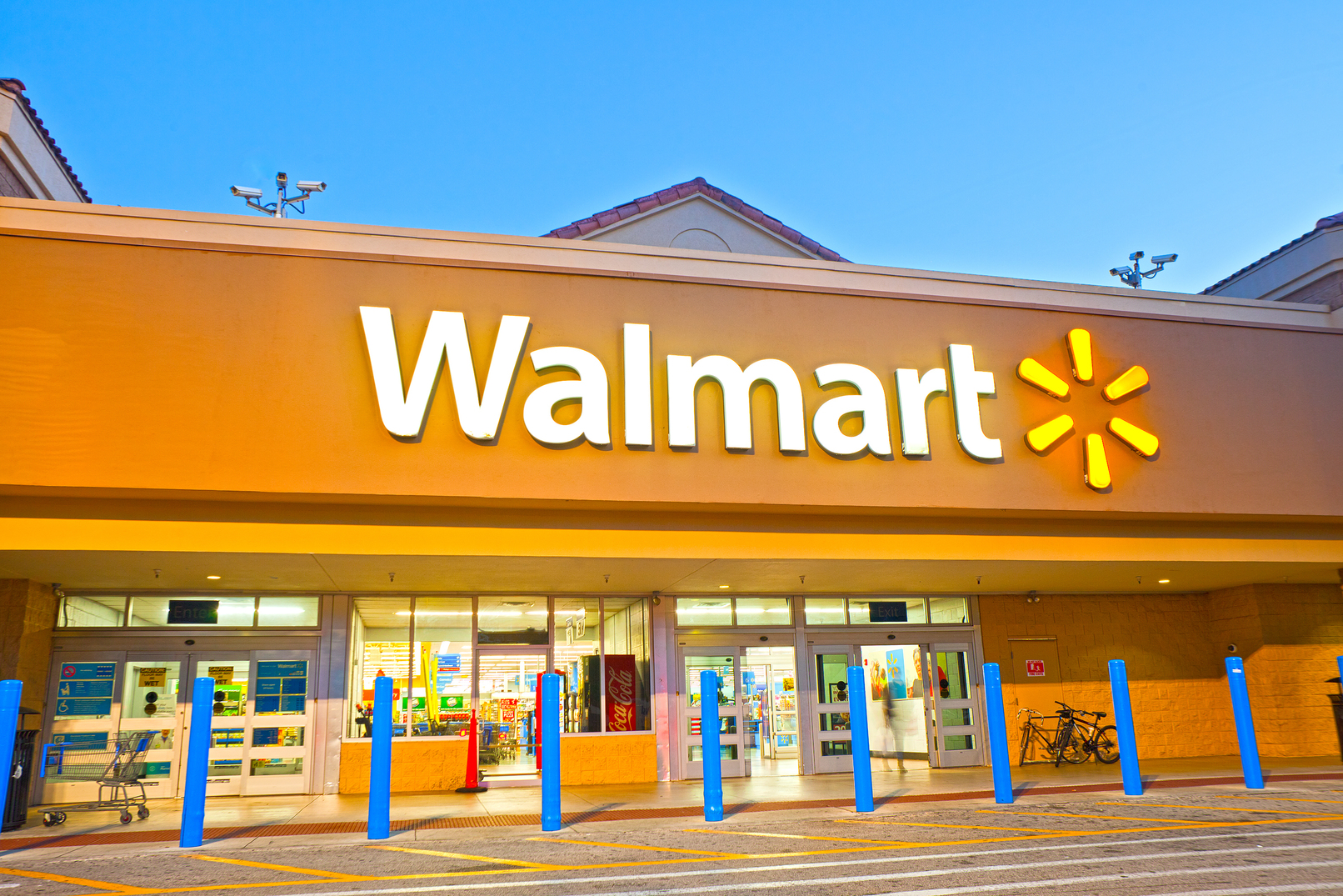 Federal Agency Sues Walmart for Discriminating Against Pregnant Employees